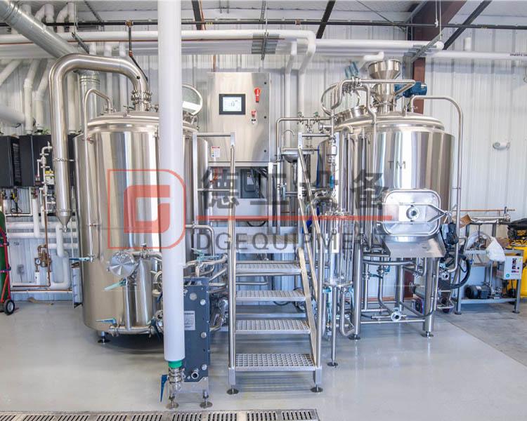 2 vessels beer brewhouse